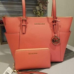 NWT authentic 2pc set, Coral color, all leather